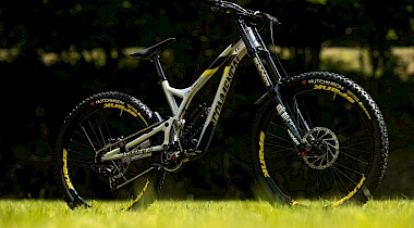 NEU: Commencal Surpreme 4.2